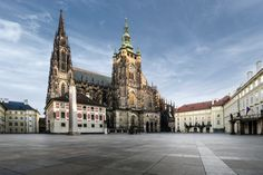 According to the Guinness Book of World Records, Prague Castle is the largest coherent castle complex in the world, with an area of almost m². Walking Tour Prague, Prague Attractions, Places Around The World, Around The Worlds, Visit Prague, Prague Travel, City Pass, Prague Castle, Old Town Square