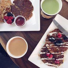 Jordy cakes - paleo pancakes a tHu Kitchen