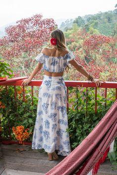 #travels #coffee #colombia #experience #valtikav #clothes #moda #modafemenina #women #flowers #fashion #viajes #trip Two Piece Skirt Set, Coffee, Flowers, Clothes, Dresses, Women, Fashion, Moda Femenina, Venice