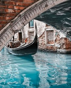 Travel to Italy – Rome and Venice Italy Vacation, Italy Travel, Venice Travel, Travel Europe, Places Around The World, Around The Worlds, Places To Travel, Places To Go, Italy Art
