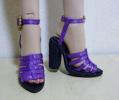 Fashion Doll Shoes: jessica rabbit