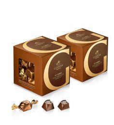 Milk Chocolate Hazelnut G Cube Box, Set of 22 pcs. Chocolate Hazelnut, Chocolate Box, Chocolate Delivery, Box Delivery, Christmas Chocolate, Cube, Birthdays, Milk, Easter