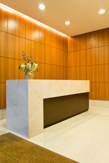 Idoeta Arquitetura: Hall de edifício comercial no Jardim Europa é reformulado pelo escritório IDOETA arquitetura