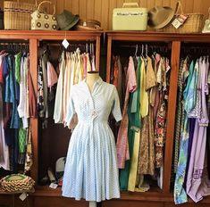 Short Sleeve Dresses, Dresses With Sleeves, Bird, Vintage, Fashion, Moda, Sleeve Dresses, Fashion Styles, Gowns With Sleeves