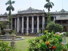 Make a Great plan for Kolkata City Tour.Get Map of Kolkata and Know Kolkata Places To Visit and Know About Tourist Places In Kolkata.Visit Fort William ,Howrah Bridge and Many More.Login to Trabol.com to more Details About Kolkata.