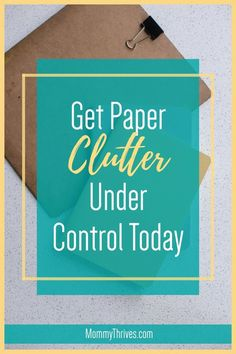 Get Control Of Your Paperwork - Declutter Paperwork Quickly - Paper Clutter Organization Organizing Paperwork, Clutter Organization, Small Space Organization, Home Organization Hacks, Paper Organization, Organizing Ideas, Bullet Journal Cleaning Schedule, Paper Clutter, Declutter Your Home