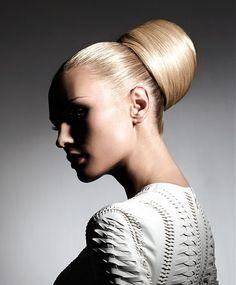 Alexandre de Paris Long Blonde Hairstyles <3