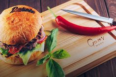 "Serving Board ""Norway"" Serving Board, Salmon Burgers, Hamburger, Norway, Ethnic Recipes, Food, Salmon Patties, Meal, Eten"