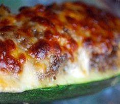 Μια διαφορετική συνταγή για γεμιστά κολοκυθάκια, πολύ γευστική και σύντομη στην εκτέλεσή της! Cookbook Recipes, Sweets Recipes, Cooking Recipes, Appetisers, Greek Recipes, Meatloaf, Lasagna, Feta, Recipies
