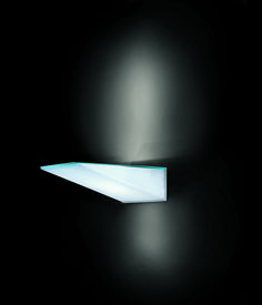 issy #1 . outside luminaire . Außenleuchte . wall luminaire .Wandleuchte . tempered safety glass opal and clear . ESG Glas opal und klar