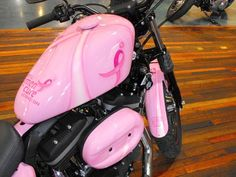 Breast cancer Harley Davidson harley-davidson - I would love to have this one. It meshes two of my passions: breast cancer awareness and motorcycles! Lady Biker, Biker Girl, Pink Motorcycle, Breast Cancer Survivor, Harley Davidson Motorcycles, Harley Bikes, Biker Chick, Cancer Awareness, Pretty In Pink