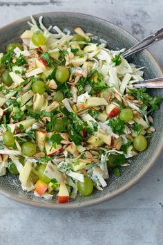 Sprouts Salad, Brussel Sprout Salad, Healthy Options, Healthy Recipes, Healthy Cooking, Cooking Recipes, Cabbage Salad, Pasta Salad, Food Inspiration