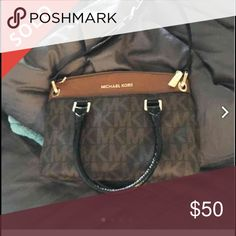 ISO This MK bag! ISO of this Michael Kors purse for reasonable price. Thank you Michael Kors Bags Crossbody Bags