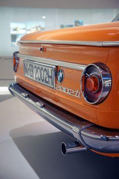 timewastingmachine: 1968 BMW 2002 ti