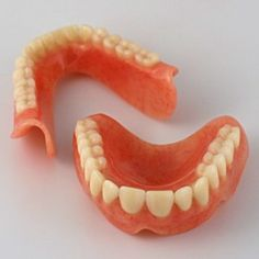 Best Cleaning Solutions For Dentures