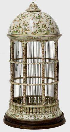 LARGE SPAIN POLYCHROME PORCELAIN BIRDCAGE : Lot 109