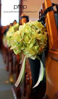 Green hydrangea pew decor