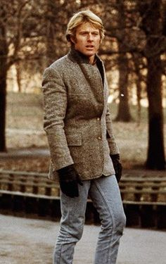 Style in Film: Robert Redford in Three Days of the Condor Sophia Loren, Vintage Hollywood, Classic Hollywood, Robert Redford Movies, Emmanuelle Béart, Jean Dujardin, Sundance Kid, Marcello Mastroianni, Jeanne Moreau