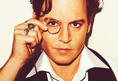 Johnny Depp - whatever happened to the monocle? Did it fall out of fashion from hogan's heroes?