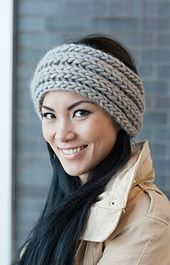 A very quick and easy, trendy headband that you can knit up in no time! Perfect for when gift giving season rolls around.