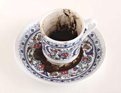 Kahve Falı; Cumhur Aygün'un Tellwe ye özel çektiği bir kahve fotoğrafı. Tüm fal sitelerinin kapak resmi oldu :P