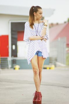blue jeans white (stripped) shirt