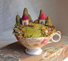 Waldorf Inspired Felted Garden by Ginger Little Featured on the LIving Felt Blog