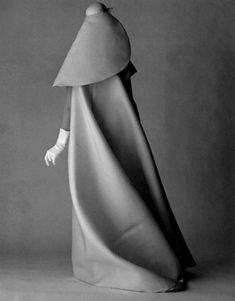 cristobal balenciaga 1960s look