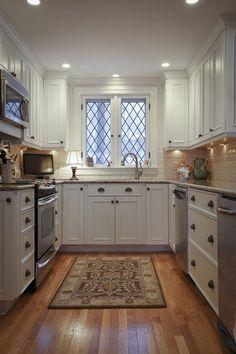 Diamond Muntins-- titraditional kitchen by Dawn Willis,