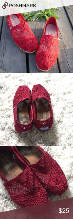 Toms Morocco Crochet Women Round Toe Canvas shoe Toms Classic Morocco Crochet Women Round Toe Canvas. EUC perfect for fall. This deep red burgundy color is sure to match your fall wardrobe!! Toms Shoes Flats & Loafers