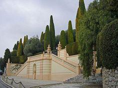 Villa Leopolda front gate  SUMMER MANOR