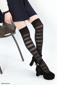 Border patern sheer knee high socks BLACK JPY350-