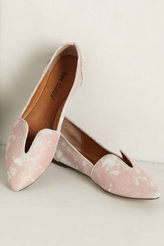 21 Flats To Welcome Spring #refinery29  anthropologie