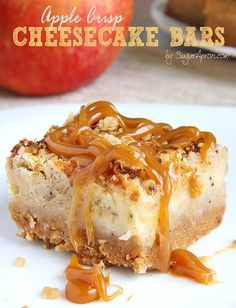 These Caramel Apple Crisp Cheesecake Bars are ideal choice in the autumn season, but also during holidays, which are knocking on the door.