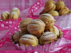 Pretzel Bites, Biscuits, Deserts, Muffin, Food And Drink, Bread, Vegetables, Breakfast, Sweet