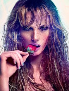 Y | Anne Vyalitsyna | Mariano Vivanco #photography | Dazed & Confused May 2009