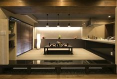 RE住む、ベツダイ、和ダイニング、客間 Japanese Living Rooms, Japanese Style, Conference Room, Construction, Modern, Kitchen, Table, House, Furniture