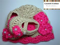 Crochet Baby Girl Hat and Shoes Set with by CarameloBoutique, $30.00