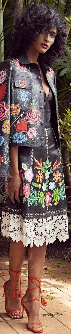 Patricia Viera S 2017 Floral Fashion, I Love Fashion, Fashion 2017, Runway Fashion, Boho Fashion, Spring Fashion, Fashion Show, High Fashion, Womens Fashion