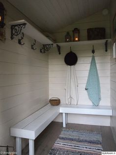 Summer cottage sauna in Finland Swedish Sauna, Finnish Sauna, Portable Sauna, Outdoor Sauna, Sauna Room, Spa Rooms, Changing Room, Design Your Home, Cottage Style