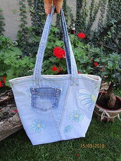 Handmademaja / Praktická taška z recyklovanej / upcyklovanej rifloviny Tote Bag, Jeans, Totes, Denim, Tote Bags, Denim Pants, Denim Jeans