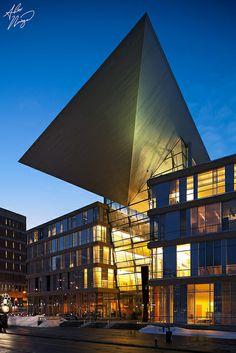 Hennepin County Library, Minneapolis, Minnesota;  photo by Alex Noriega., via Flickr