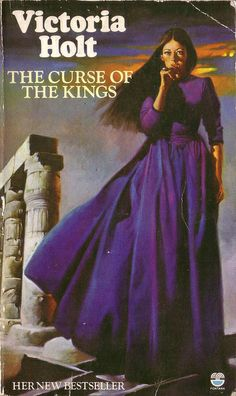The Curse of Kings by Victoria Holt. Fontana 1975. Cover artist unknown by pulpcrush, via Flickr