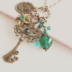 Teal crystal necklace#handmade #jewelry #vintagestyle #teal #crystals #necklace #etsyshop #etsy #crafts #giftideas #forher #rustic #green