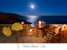 Cycladia welcomes a valuable cooperation with Edeliving, the expert in villa rentals in the Mediterranean, this charismatic part of Europe. Outdoor Furniture Sets, Outdoor Decor, Santorini, Ideal Home, Greece, Tourism, Ios, Condo, Dining Table