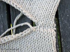 Maskesting på et aflukket arbejde - retsiden Darning, So Little Time, Knit Crochet, Crochet Hats, Knitting, Tips, Tutorials, Knit Sweaters, Dots