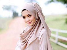 Syatilla Melvin avoids touching after donning hijab | Current News | Bangla Newspaper | English Newspaper | Hot News