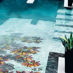 Mediterranea Collection selects and blends hundreds of shades of glass, playing with the mirrored and iridescent surfaces and alternating matts and transparencies to create a spectacular, multi-form garden.
