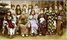 Проститутки из борделя «Цветущая вишня», Япония, 1890–е.