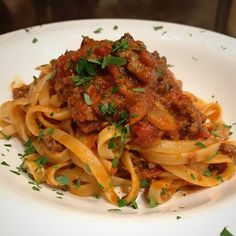 [Homemade] Fettuccine with a homemade meat sauce #recipes #food #cooking #delicious #foodie #foodrecipes #cook #recipe #health